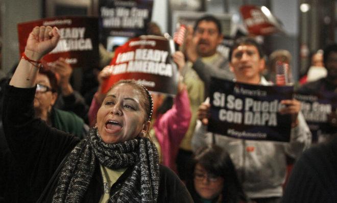 Juez declara ilegal programa DACA que protege a dreamers de las deportaciones
