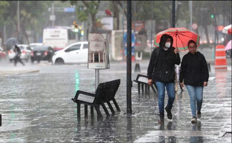CDMX: ¡Toma precauciones! Lluvias afectan funcionamiento de 6 líneas del Metro