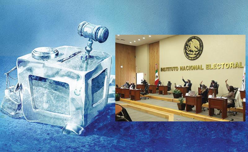 Durante la presentación del Informe de fiscalización de junio, la consejera Adriana Favela recordó que el INE tiene 879 procedimientos abiertos