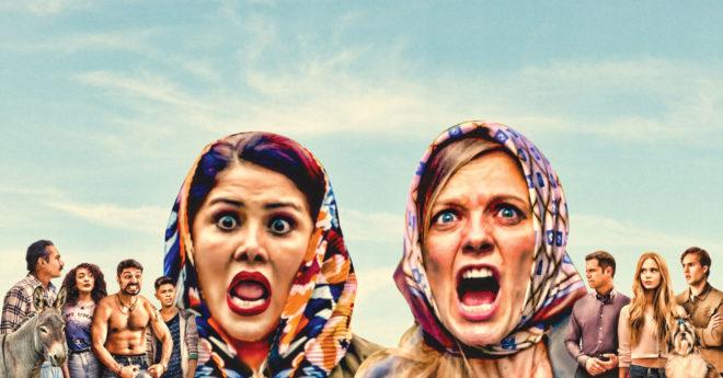 En la serie de comedia Guerra de vecinos se hace una farsa de la vida en México