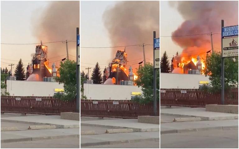 Hallan más cuerpos de niños indígenas en Canadá y crece la quema de iglesias (VIDEO)