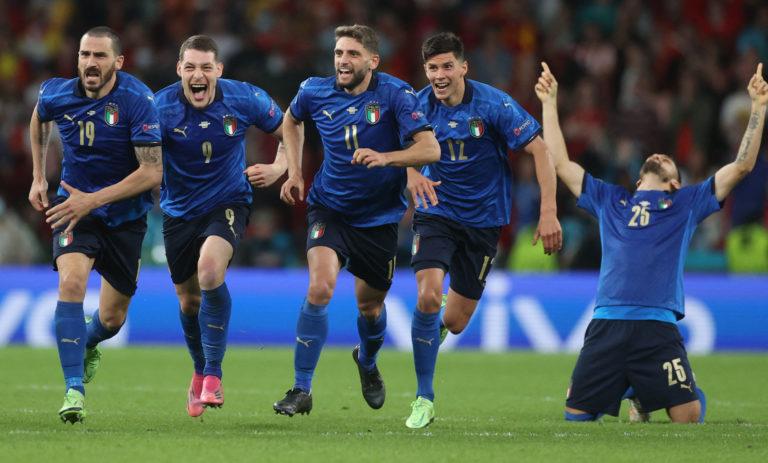 Italia va a la Final de la Eurocopa tras ganar en penaltis a España