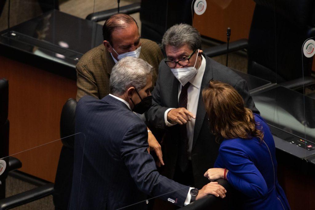 Ricardo Monreal se descarta como presidenciable por el momento