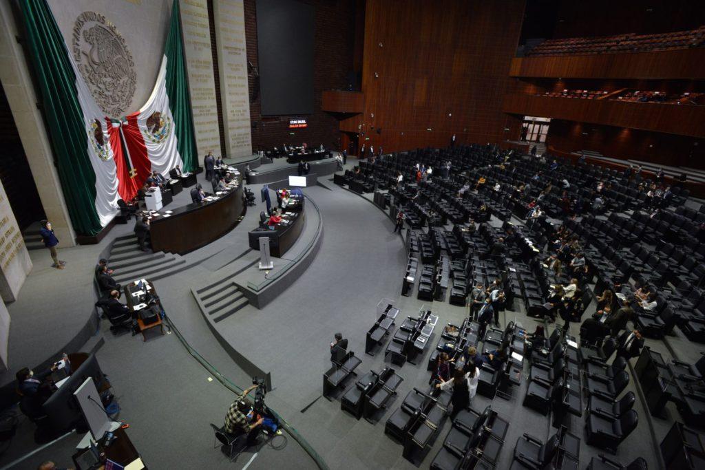 Morena aprueba sólo un mes de prórroga para regular outsourcing; oposición dice es insuficiente
