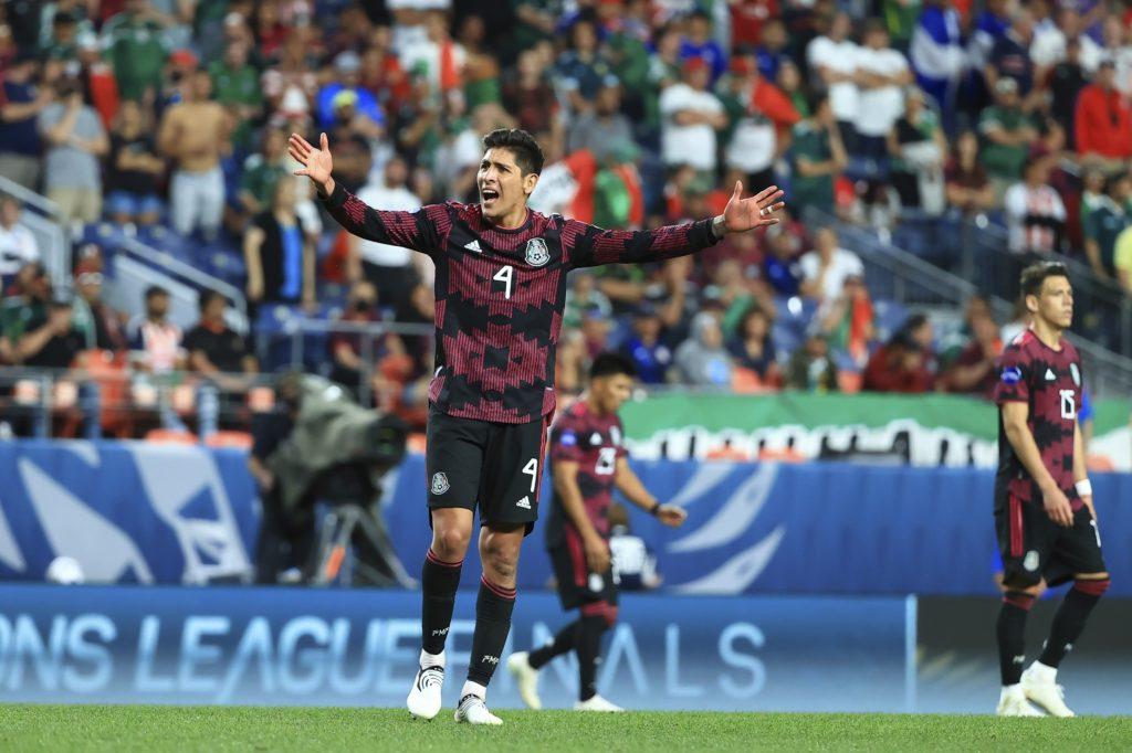 Stade Rennes ofrece 20 millones de euros por Edson Álvarez