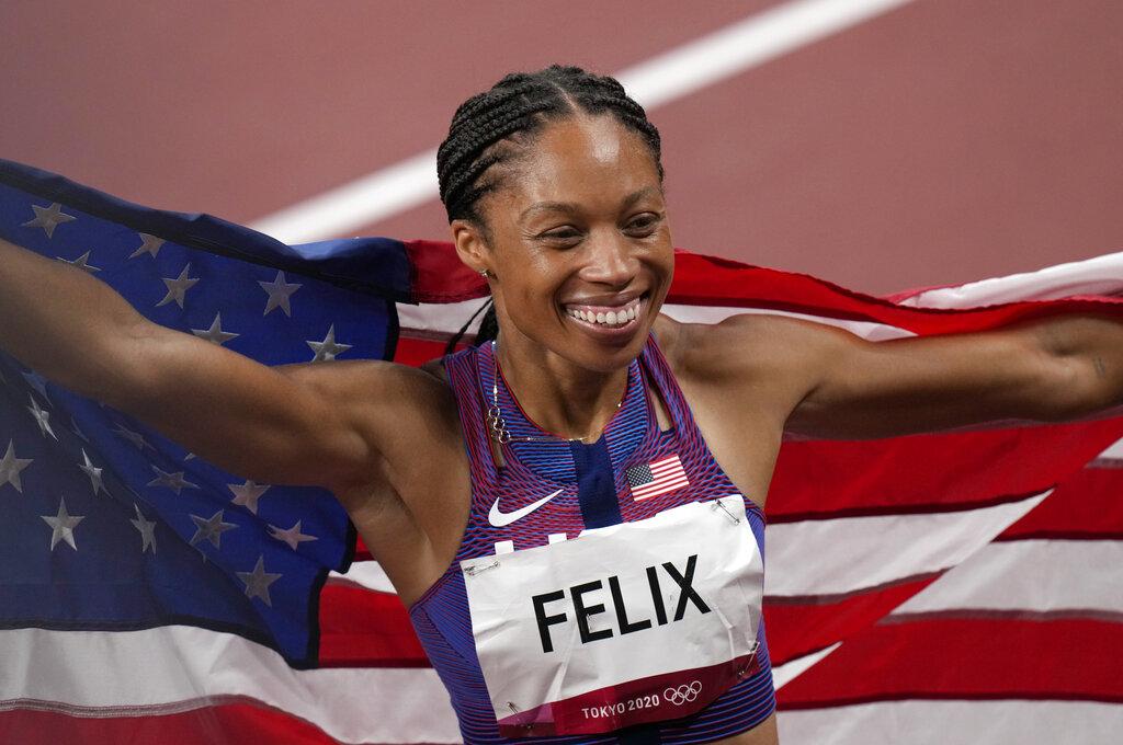 Felix gana su presea 11 en Olímpicos y supera a Carl Lewis