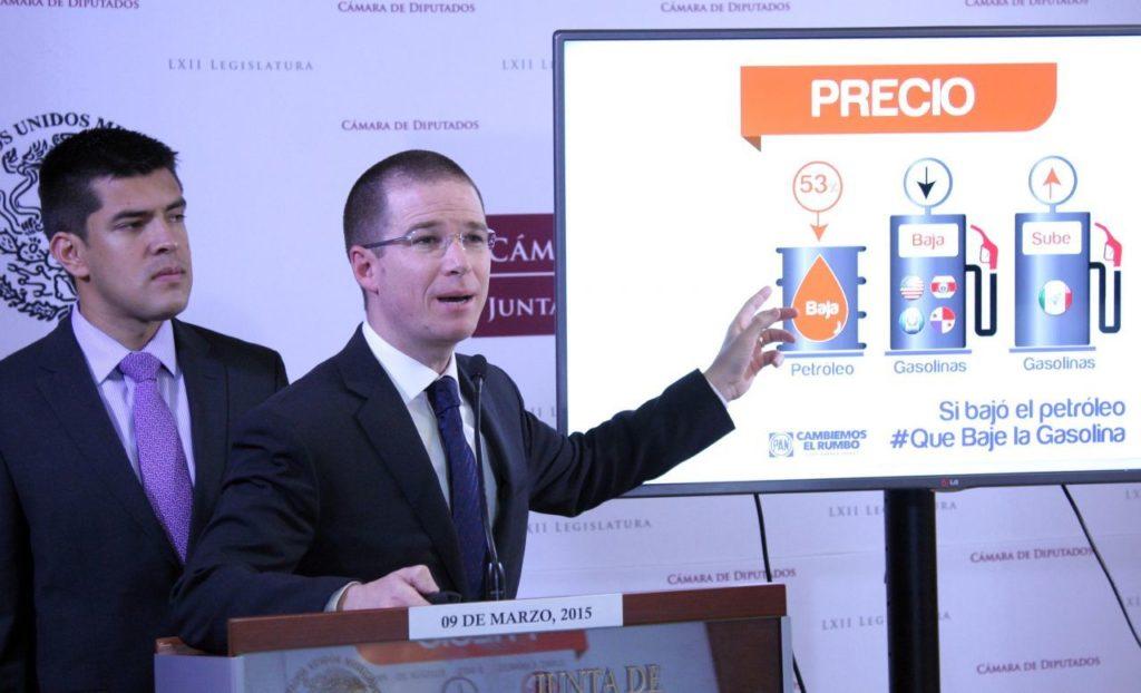FGR libera versión pública de caso Anaya; Lozoya lo habría sobornado a cambio de reforma energética
