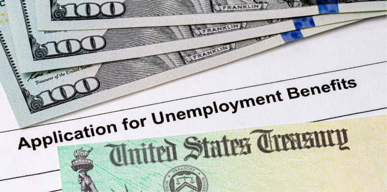 Los estadounidenses se han acostumbrado a la beneficencia del Gobierno. ¿Cuál será el costo del dinero gratis?
