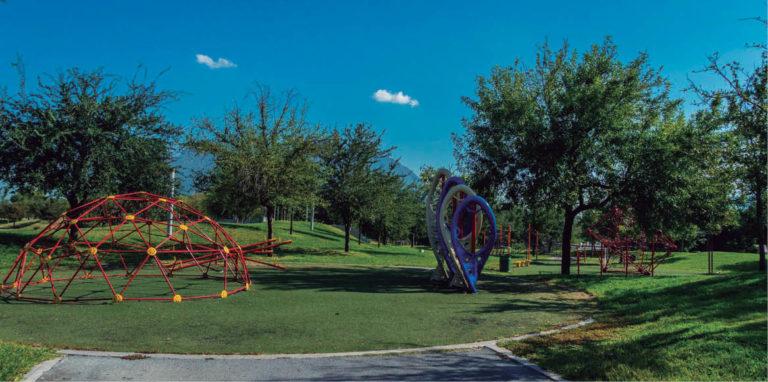 Manuel de la O, secretario de Salud de Nuevo León, autorizó que a partir del lunes los parques de la entidad abran con 30 por ciento de aforo