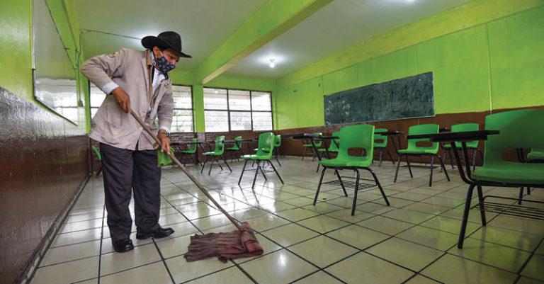 El Gobierno de la Ciudad de México ha invertido 2 mil millones de pesos en la rehabilitación de las mil 862 escuelas de la capital