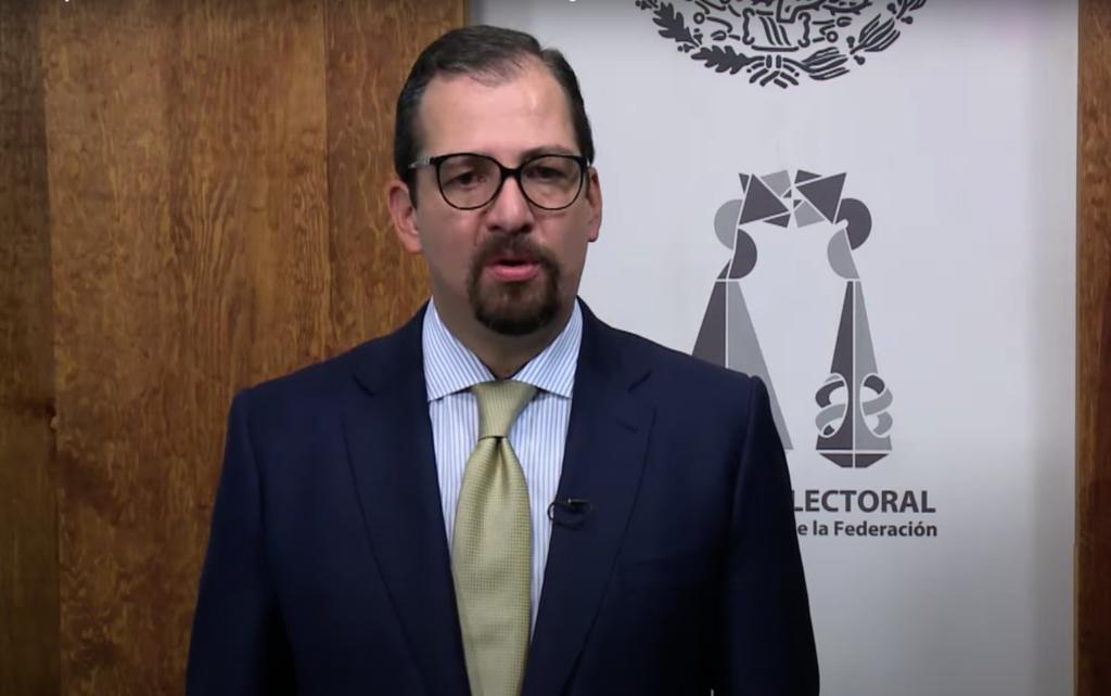 Vargas Valdez asegura sigue siendo presidente del TEPJF; 'albazo no es la forma de resolver'