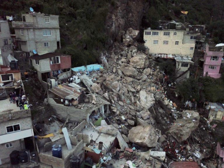 AMLO: Habitantes del Cerro de Chiquihuite serán reubicados; no pueden estar ahí, es muy peligroso