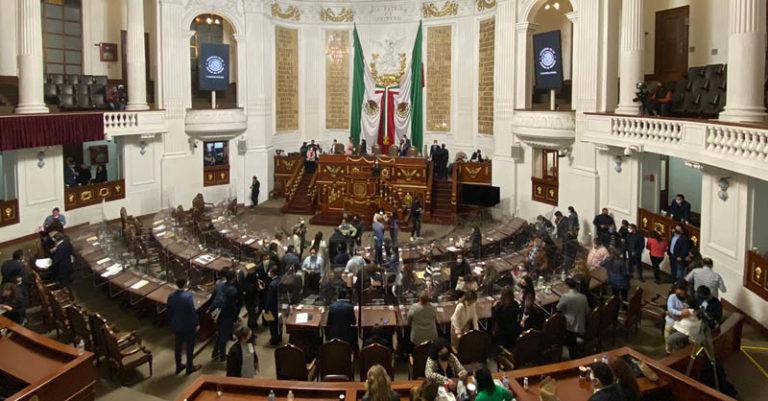 Diputados del PRI decidieron no acompañar un punto de acuerdo del PAN en el Congreso de la Ciudad de México, pese a que los dos partidos tienen una alianza