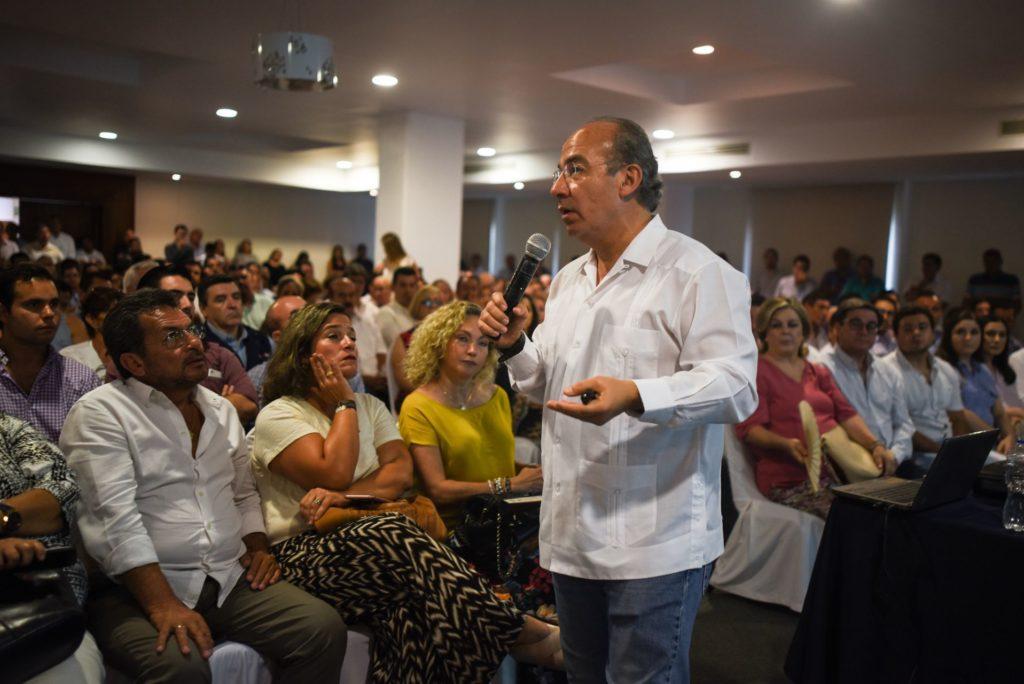 Calderón: Padres de niños cáncer están agraviados y molestos con AMLO; ¡cómo no iba a serlo!
