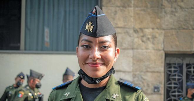 García, de la Escuela Militar de Clases de Transmisiones