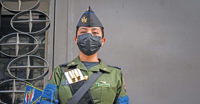 Norma, de 26 años, pertenece a la Escuela Militar de Clases de Transmisión.