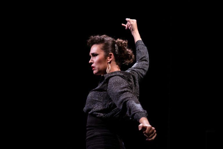 La artista chilena Carola Cussen enamora a México con su flamenco