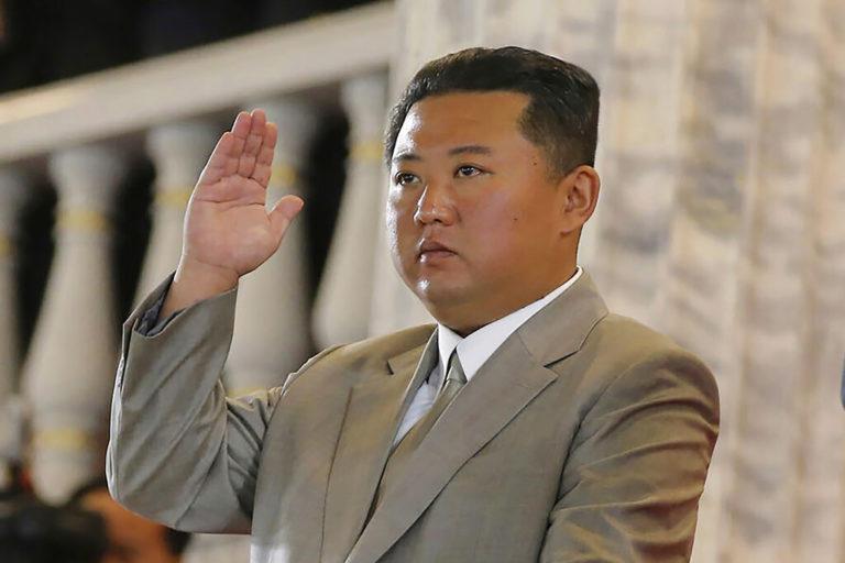 Se ve lejos la paz: Coreas prueban sus nuevos misiles el mismo día para mostrar su fuerza