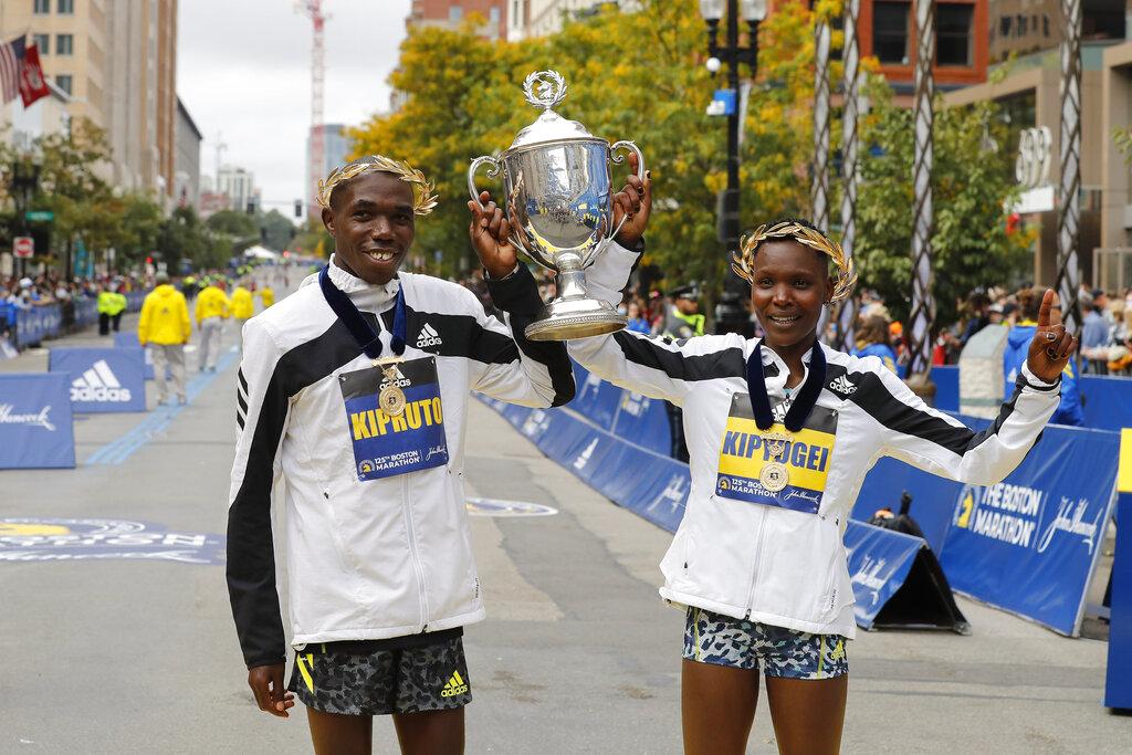 Ya es tradición: kenianos dominan edición 125 del Maratón de Boston