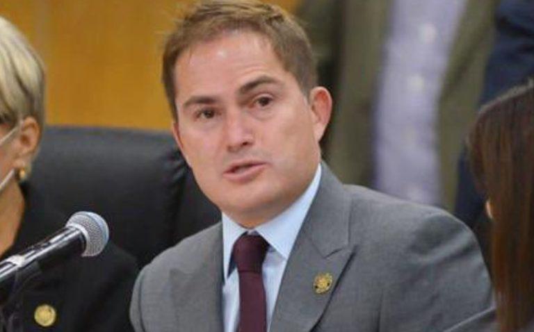 Diputado Javier López Casarín reconoce labor de marinos en sesión por el Bicentenario de a Semar