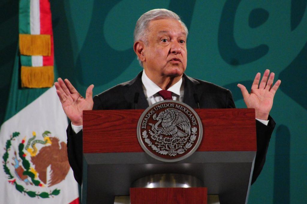 AMLO: Sin acuerdos en la oscurito para reforma eléctrica; no hay ninguna negociación