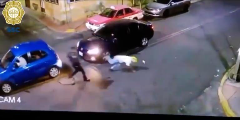 """Asciende a policía que frustró asaltó a balazos en Iztacalco; """"es un verdadero honor"""", dice Harfuch"""