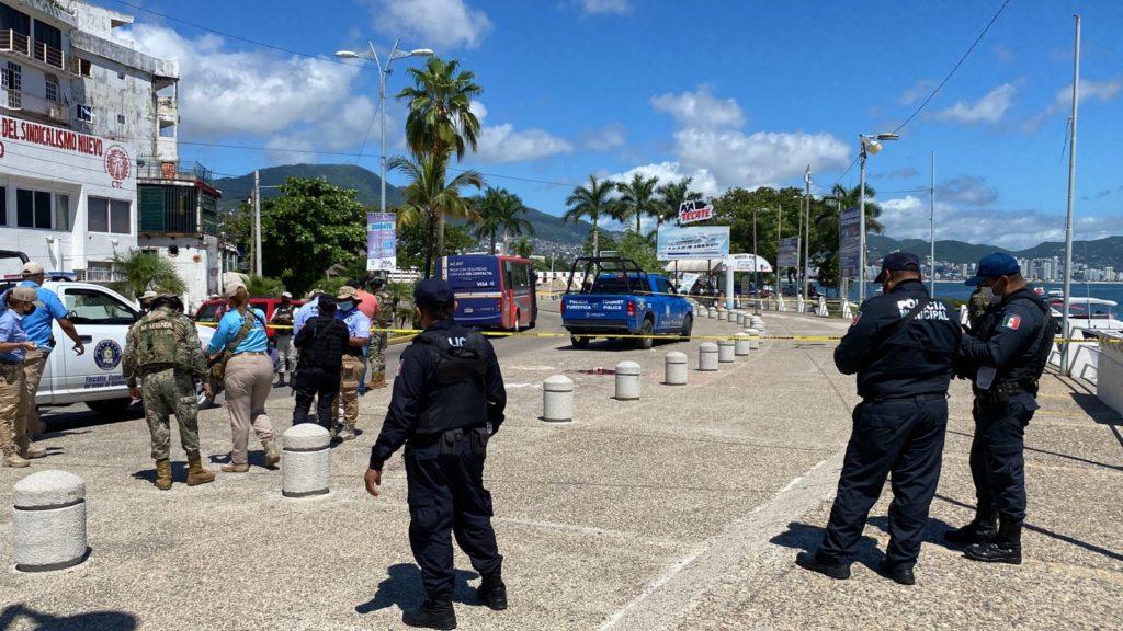 Denuncian abandono, inseguridad y acumulación de basura en Paseo del Pescador de Acapulco