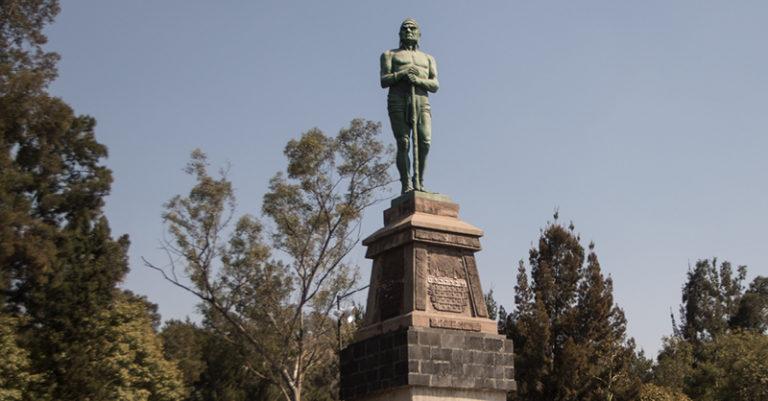 En el siglo pasado las estatuas de los Indios Verdes padecieron discriminación y fueron retiradas