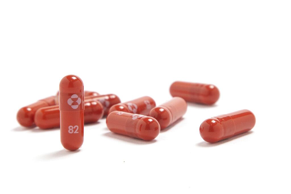 Merck solicita autorización en EU para fármaco que reducen a la mitad muertes por COVID