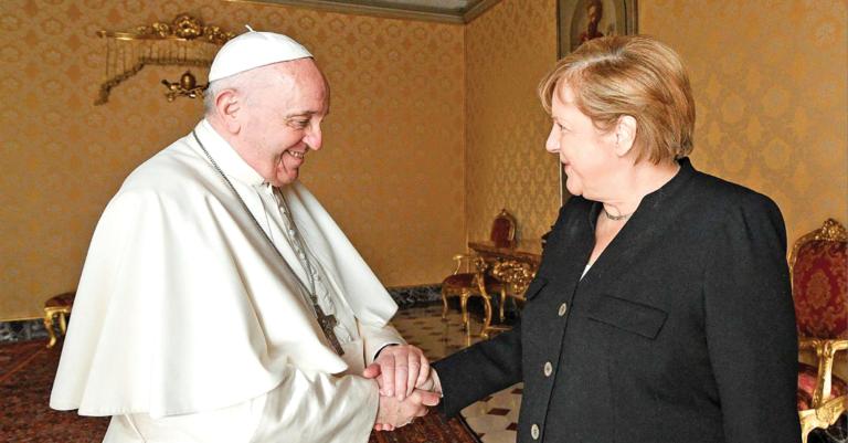 Angela Merkel se está tomando el tiempo para despedirse de las personas con las que coincidió durante su mandato