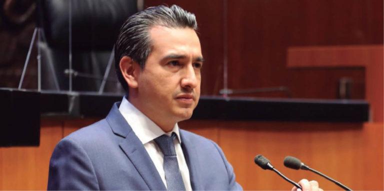 El coordinador emecista, Eduardo Gaona, no ha hecho pública su postura sobre el impuesto predial.