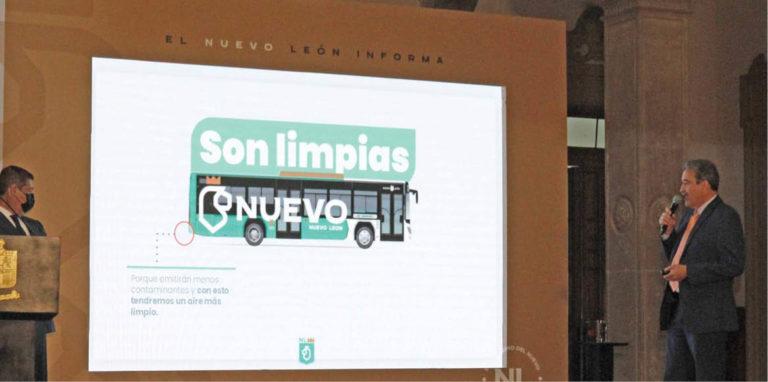 Hernán Villarreal pretende que el gobierno adquiera 510 camiones de transporte.