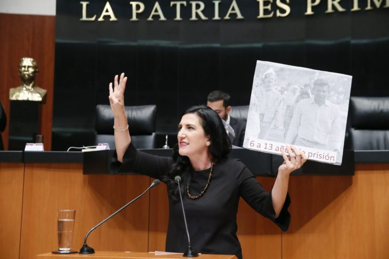 """""""¡Ya basta de agresiones a la UNAM!"""", reclaman senadoras del PAN a AMLO (VIDEO)"""